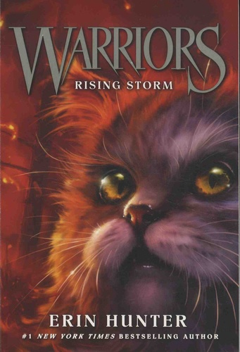 Erin Hunter - Warriors - The Prophecy Begins Tome 4 : Rising Storm.