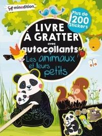Eva Schindler - Livre à gratter avec autocollants Les animaux et leurs petits.