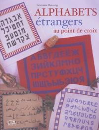 Fabienne Bassang - Alphabets étrangers au point de croix.