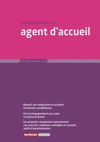 Fabrice Anguenot et Joël Clérembaux - Je prends mon poste d'agent d'accueil.
