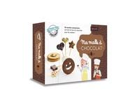 Accentsonline.fr Ma malle à chocolat - Avec un moule à sucettes en silicone, 12 bâtonnets à sucettes en bois, un emporte-pièce à biscuits, une spatule en silicone avec un manche en bois Image
