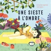Françoise Legendre et Julia Spiers - Une sieste à l'ombre.