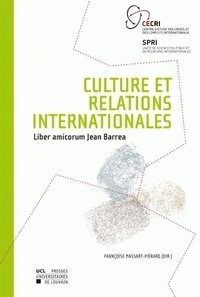 Françoise Massart-Piérard - Culture et relations internationales.