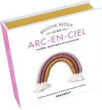 Françoise Vauzeilles - Broche arc-en-ciel - Modèle & accessoires.