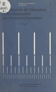 Frederick Harbison et Clarence Edward Beeby - Planification de l'éducation et développement des ressources humaines.