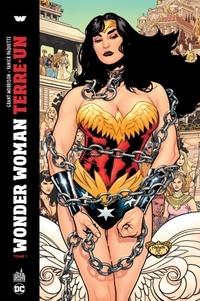 Grant Morrison et Yanick Paquette - Wonder Woman Terre-Un Tome 1 : .