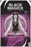 Greg Rucka et Nicola Scott - Black Magick Tome 1 : Réveil.