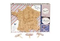 Hachette Pratique - Coffret La France de l'apéro - Avec une planche en bois gravée, 8 sous-verres et 25 piques pour l'apéro.