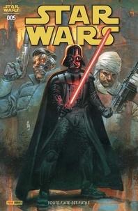 Greg Pak et Robbie Thompson - Star Wars N° 5 : Toute fuite est futile.