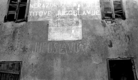 Des murs éloquents. Une rhétorique visuelle du politique, édition bilingue français-anglais