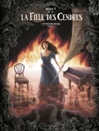 Hélène V - La fille des cendres Tome 1 : Enfants des abysses.