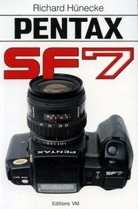 Hunecke - Pentax SF7.