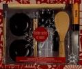 I2C - Master sushis et makis - Avec 1 couteau japonais Santoku, 2 grandes bols en céramique, 1 moule pour sushi, 1 natte en bambou, 2pots à sauce en céramique, 1 cuillère en bois, 2 paires de baguettes.