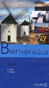 José Antonio Menor et Raquel Varela - Bienvenidos - Español para profesionales del Turismo y la Hosteleria, K7 Vidéo Pal.