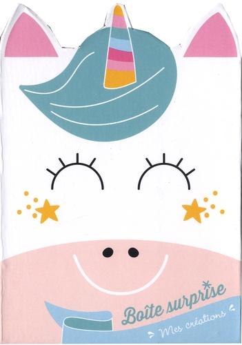Gründ - Ma boîte surprise licorne - Avec 2 cartes à gratter en forme de licorne, 2 cartes à compléter avec des strass, des stickers, 4 feuilles d'origami, et 1 bracelet licorne.