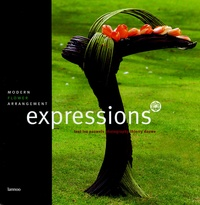 Ivo Pauwels - Expressions - Modern flower arrangement.