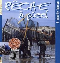 Jane Bretaudeau et Jean-Michel Luquet - Pêche à pied - A marée basse.