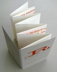 Jean-Claude Loubières - L'R de rien - Leporello de 100 cm sous couverture cartonnée, impression sérigraphie, exemplaires numérotés.