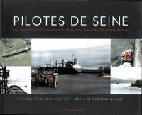 Openwetlab.it Pilotes de Seine - Une remontée du fleuve à bord du Mercurius, navire de 180 mètres de long Image
