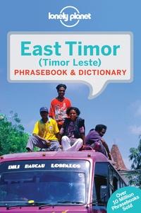 John Hajek et Alexandre Vital Tilman - East Timor Phrasebook & Dictionary.