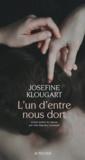Josefine Klougart - L'un d'entre nous dort.