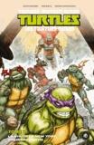 Kevin Eastman et Tom Waltz - Teenage Mutant Ninja Turtles - Les tortues ninja Tome 2 : La Chute de New York - Première partie.