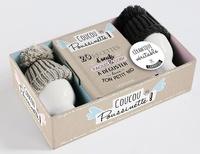 Coffret Coucou poussinette !- 20 recettes d'oeufs faciles & cosy à déguster dans ton petit nid. Contient : 1 livre, 2 coquetiers et leurs bonnets -  Larousse |