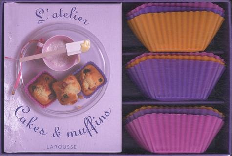 Larousse - L'atelier cakes et muffins - Avec 9 moules en silicone.