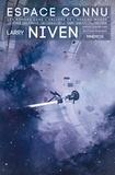 Larry Niven - Espace connu - Le monde des Ptavvs ; Protecteur ; Un cadeau de la Terre.
