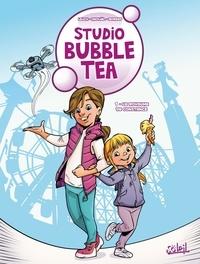 Leach et  Mickaël - Studio Bubble Tea Tome 1 : Le royaume de Constance - Avec 1 planche de stickers offerte.