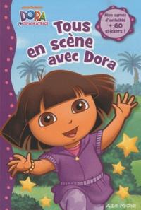 Lise Boëll et Nathalie Merluzzi - Tous en scène avec Dora.
