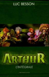 Luc Besson - Arthur  : Coffret en 4 volumes : Tome 1, Arthur et les Minimoys ; Tome 2, Arthur et la cité interdite ; Tome 3, Arthur et la vengeance de Maltazard ; Tome 4, Arthur et la guerre des deux mondes.