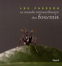 Le monde extraordinaire des fourmis.pdf