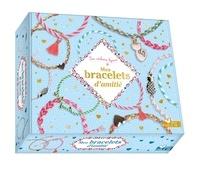 Mademoiselle Lupin - Mes bracelets d'amitié - Avec 7 fils, 1 pompon, 4 perles dorées, 3 breloques, 1 disques en mousse.