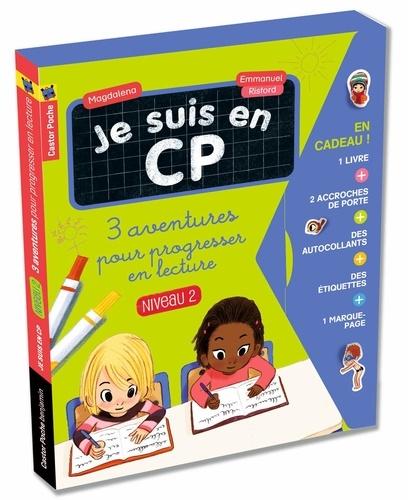 Magdalena et Emmanuel Ristord - Je suis en CP  : 3 aventures pour progresser en lecture (niveau 2) - La remplaçante ; Jour de piscine ; Le bras cassé. Avec 2 accroches de porte, 8 étiquettes, 1 marque-page, 22 autocollants.