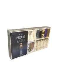 Marabout - Coffret Bouteille à voeux - Petits messages & autres voeux. Avec 4 mini-bouteilles, 1 entonnoir, 4 étiquettes, 12 cartes messages, 5 sachets, 1 m de ficelle.