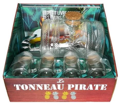 Marabout - Le tonneau pirate, recettes de rhums arrangés - Avec 1 tonneau collector spécial, 4 verres à shot de dégustation et un livre de recettes de rhums arrangés.