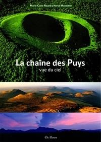 Marie-Claire Ricard et Hervé Monestier - La chaîne des Puys vue du ciel.