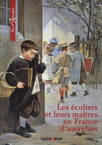 Marie-Odile Mergnac - Les écoliers et leurs maîtres en France d'autrefois.
