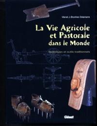 Mariel-J Brunhes Delamarre - .