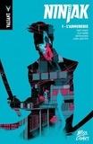 Matt Kindt et Clay Mann - Ninjak Tome 1 : L'armurerie.
