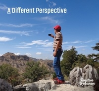Mayaline Hage - A Different Perspective - Edition en anglais-français-arabe.