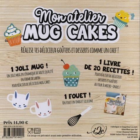 Mon atelier mug cakes. Avec 1 joli mug bleu et 1 fouet