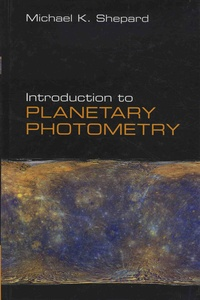 Introduction to Planetary Photometry.pdf