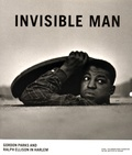 Michal Raz-Russo - Invisible man - Gordon Parks and Ralph Ellison in Harlem.