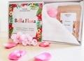 Michelle Jean-Baptiste - Bella Flora Box - Avec  1 livre, 1 savon, du thé et 1 petite serviette.