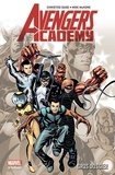 Mike McKone et Christos Gage - Avengers Academy Tome 1 : Gros Dossier.
