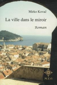 Galabria.be La Ville dans le Miroir - Nocturne familial Image