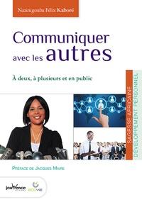 Communiquer avec les autres - A deux, à plusieurs et en public.pdf
