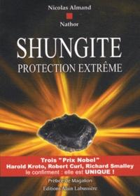 Nicolas Almand et  Nathor - Shungite - Protection extrême.